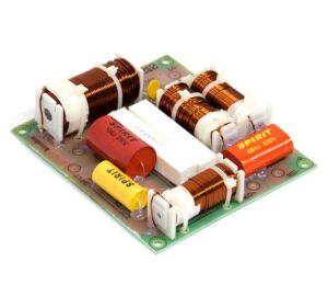 Thunder Audio CXP-3 3 utas, 600W, 12dB / oktáv hangváltó