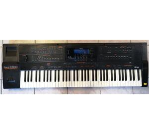 Roland G800 kíséret-automatikás szintetizátor