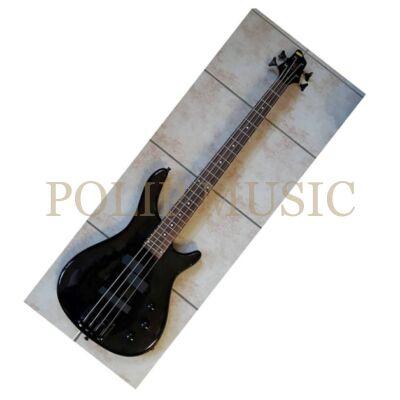 Titán basszusgitár